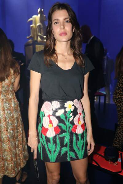 Charlotte Casiraghi sublime sans maquillage en front row chez Gucci