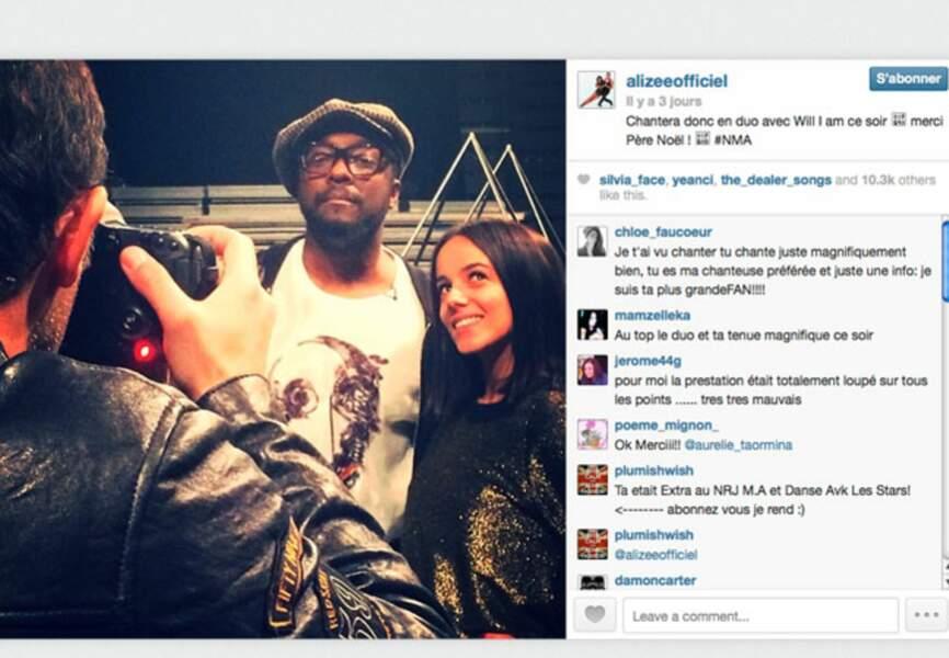 Nikos joue les photographes avec Will I Am et Alizée