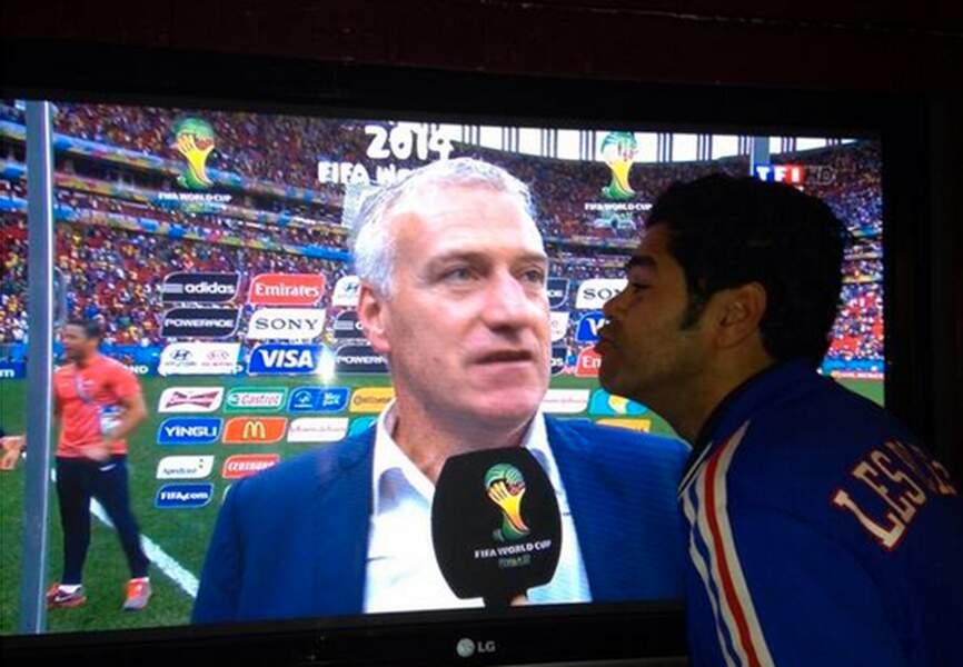 Jamel Debbouze embrasse son écran télé