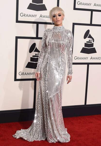 Rita Ora en Prada