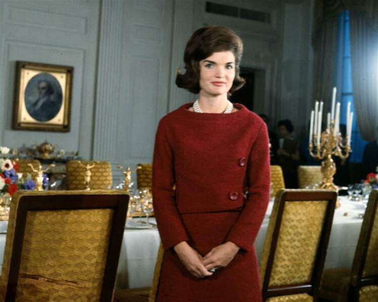 Jackie Kennedy qui montre son intérieur à la Maison-Blanche pour une émission télé. 1962