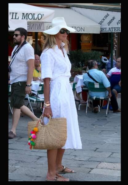 Elle Mcpherson en Italie