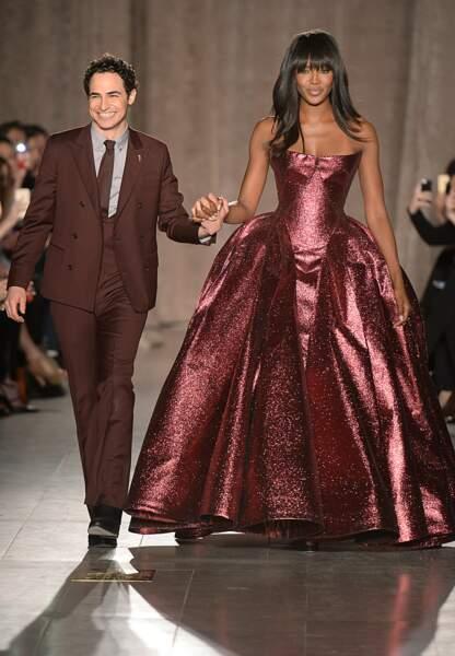 La sublime Naomi Campbell ferme le défilé