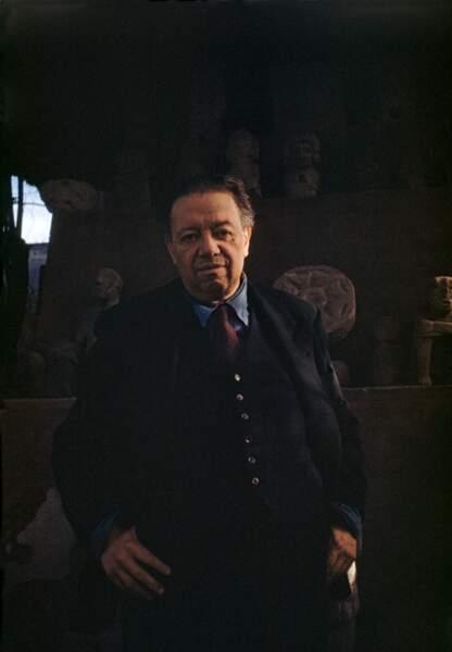 Diego Rivera, sous un des hangars de la maison