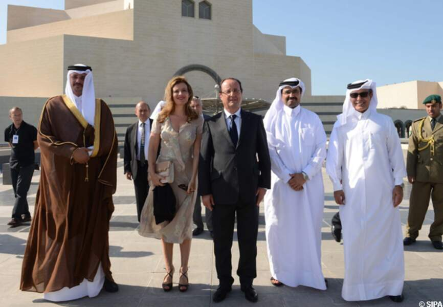 Valérie Trierweiler et François Hollande au musée d'art islamique de Doha