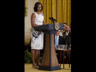 Photos - Michelle Obama, reine du recyclage mode