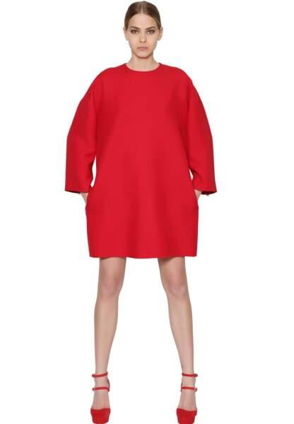 Valentino, robe cocoon en crêpe de laine manches longues, 1490€