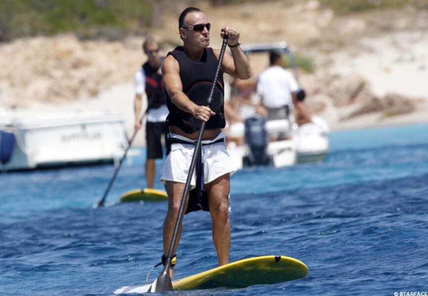 À l'aide de ses bras... Bruce Springsteen