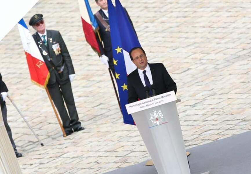 Le président Hollande rend hommage à l'ancien ministre