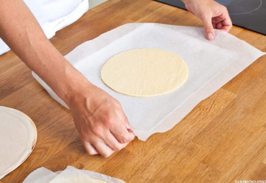 Etape 1: étalez la pâte feuilletée