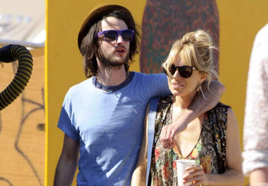 Sienna Miller, avec son amoureux Tom Sturridge