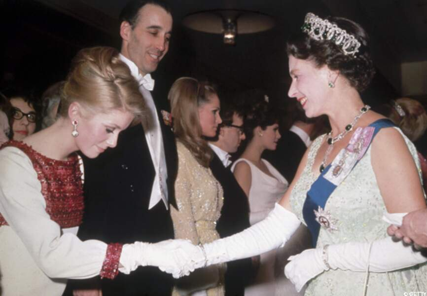 En 1966 avec la Reine d'Angleterre