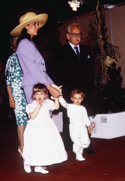 Caroline de Monaco et le prince Rainier, avec Charlotte et son petit-fère Pierre