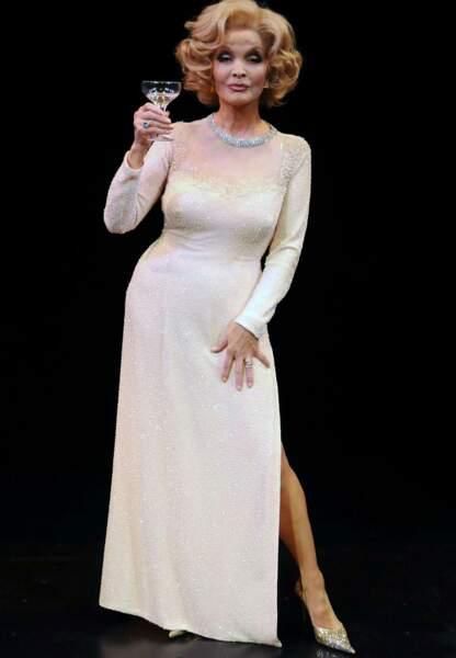 Dans le rôle de Marlène Dietrich