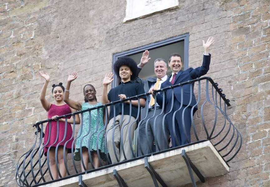 Bil de Blasio et sa famille sont les invités du maire de Rome pour les vacances. Bon plan.