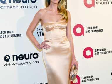 Photos - Angelina Jolie, Jessica Chastain, nude attitude