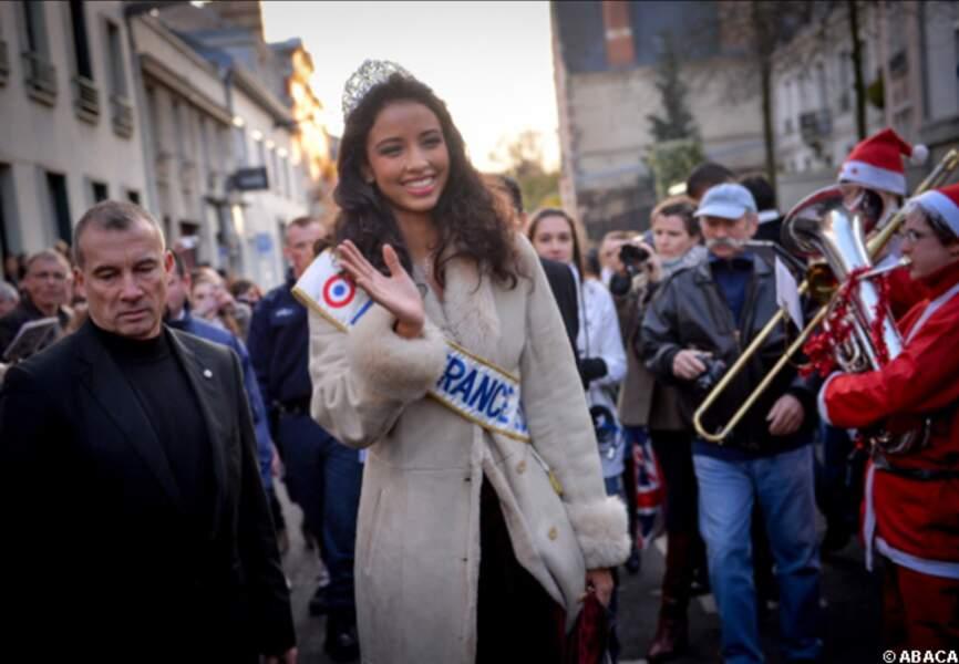 Beaucoup de monde est venu voir la nouvelle reine de beauté