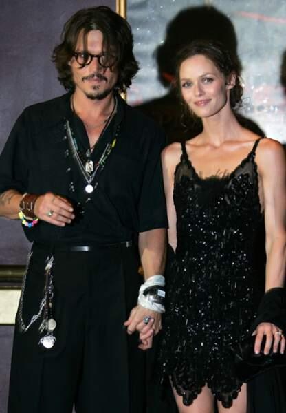 Johnny Depp et Vanessa Paradis à la première de Pirates des Caraïbes, en juillet 2006
