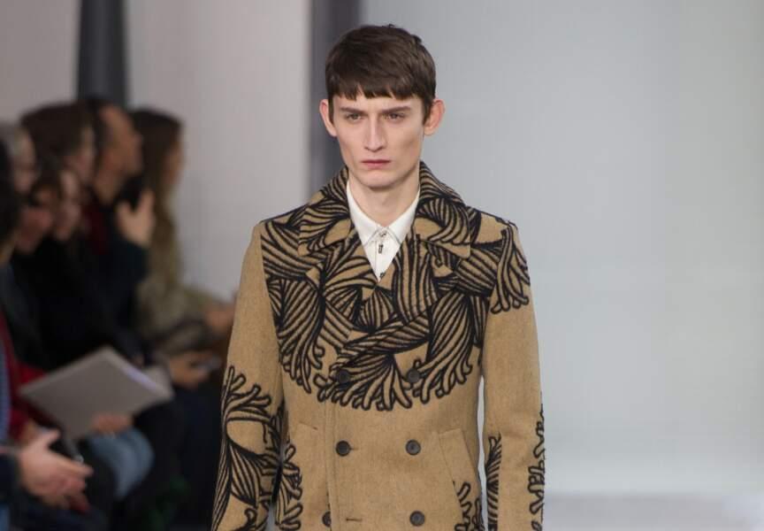Louis Vuitton adopte la frange