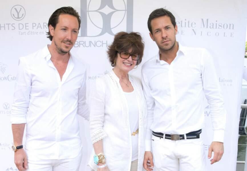 Anne Cassel entourée de Gregory Lentz et Ghislain Evraert (organisateurs du Brunch Blanc)