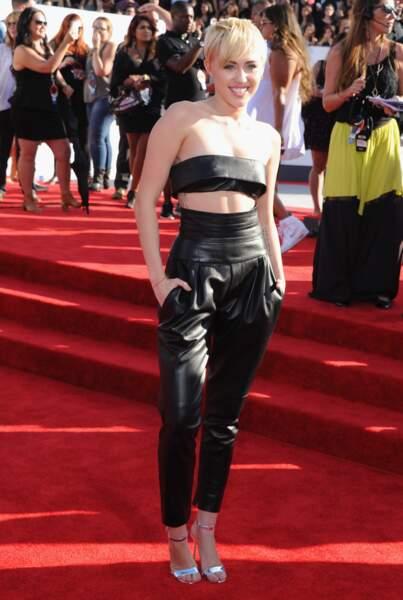 Miley Cyrus en Alexandre Vauthier Haute Couture