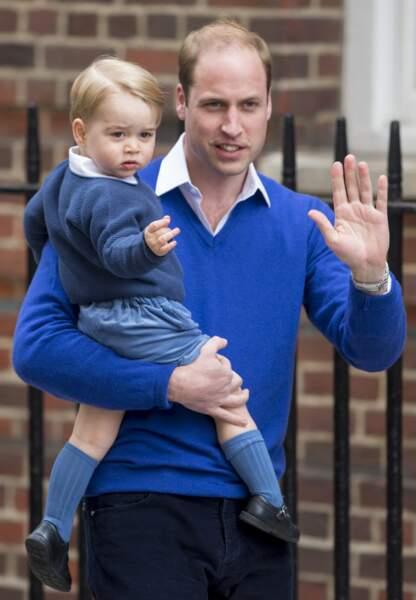 Le 2 mai 2015, il vient faire la connaissance de sa petite soeur la princesse Charlotte