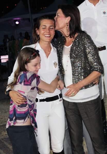 En 2010 lors du 15e Jumping International de Monte-Carlo avec sa sœur Alexandra et sa mère