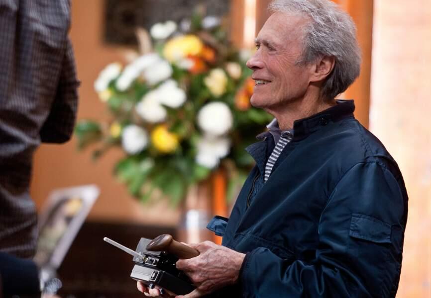 Clint Eastwood passe souvent la soirée dans son hôtel, trinque avec ses clients
