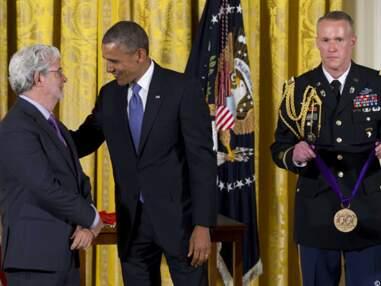 Barack Obama décore George Lucas