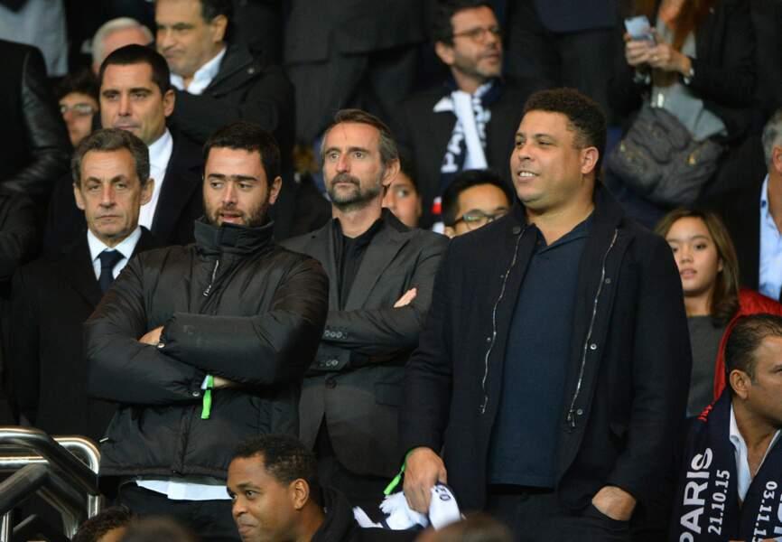 Nicolas Sarkozy, Jean Claude Blanc(directeur général délégué du PSG) et Ronaldo