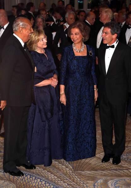 Oscar de la Renta, Hillary Clinton, Sofia d'Espagne et Antonio Banderas