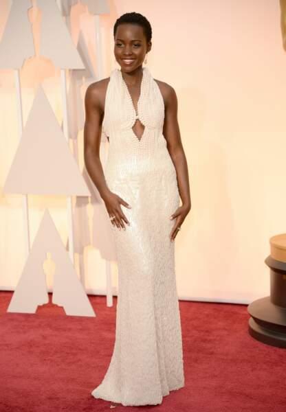 Lupita Nyong'o en Calvin Klein Collection, bijoux Chopard