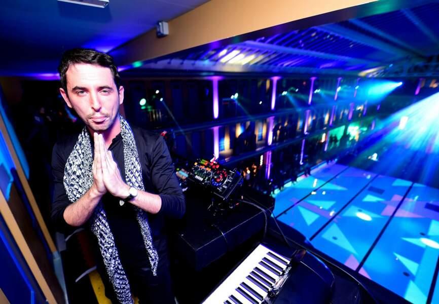 Le DJ The Avener