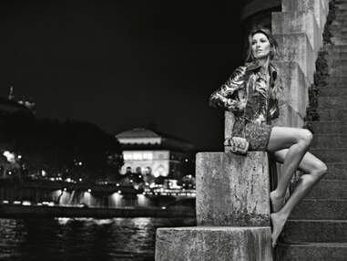 Gisele Bündchen, pieds nus dans Paris pour Chanel