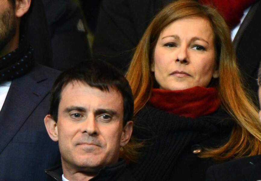 Manuel Valls et Anne Gravoin au parc des Princes pour PSG-Barca