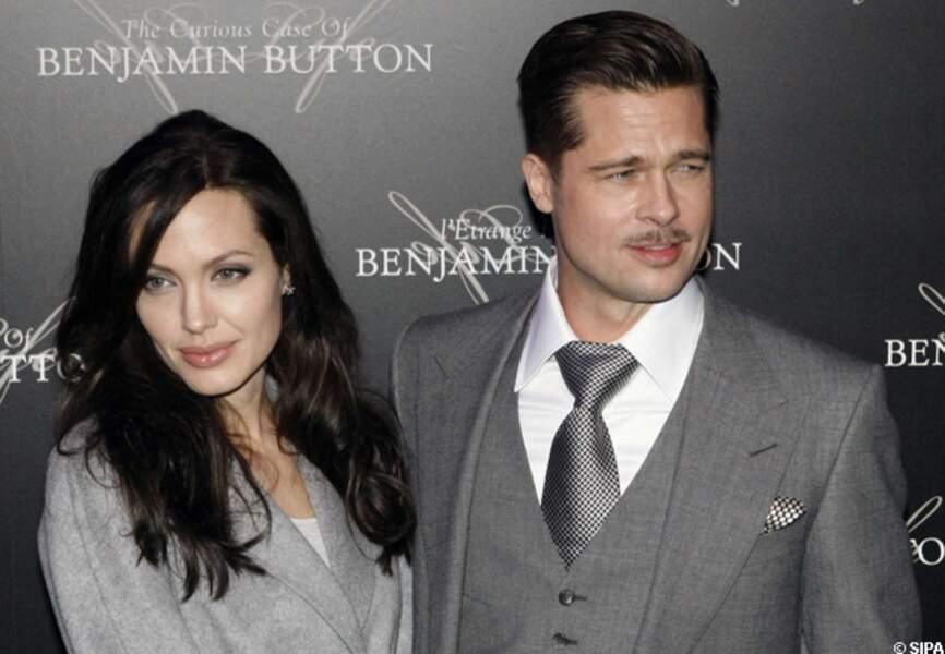 Brad Pitt et Angelina Jolie arrivent à l'avant-première de Benjamin Button à Paris en 2009