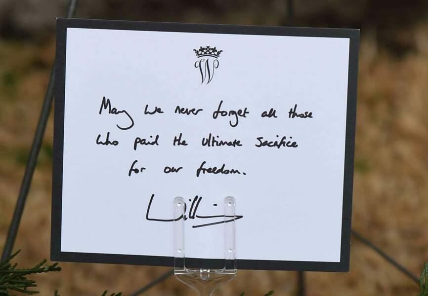"""Le message du prince: """"N'oublions jamais tous ceux qui se sont sacrifiés pour notre liberté."""""""