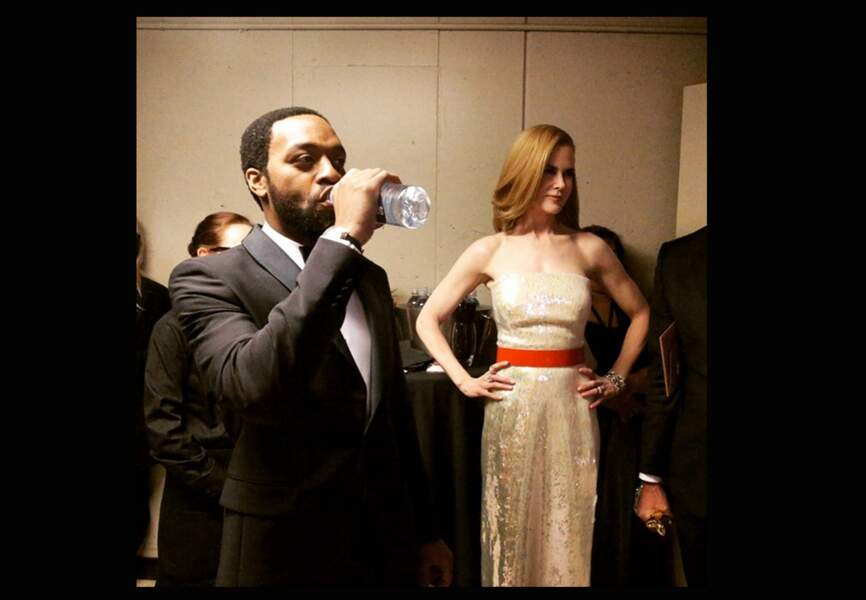 Chiwetel Ejiofor and Nicole Kidman en coulisse