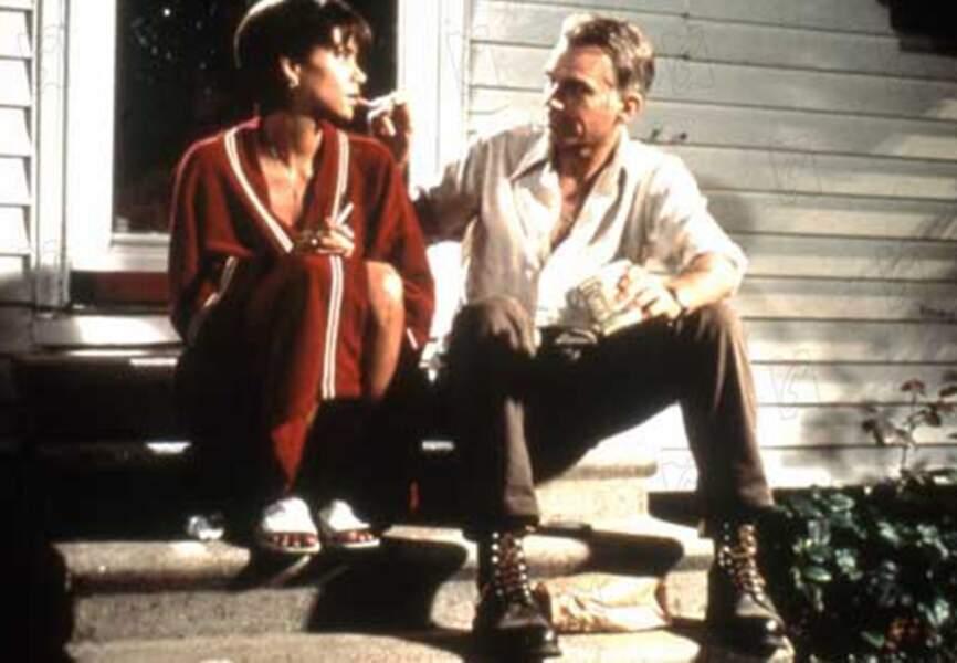 Halle Berry et Billy Bob Thornton dans A l'ombre de la haine, en 2001