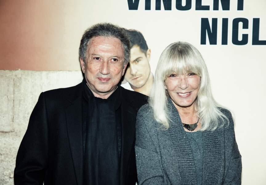 Michel Drucker est venu avec sa femme. Le réalisateur avait déjà invité le chanteur dans son émission.