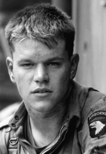 Matt incarne ensuite le soldat Ryan dans le film de Spielberg en 1998