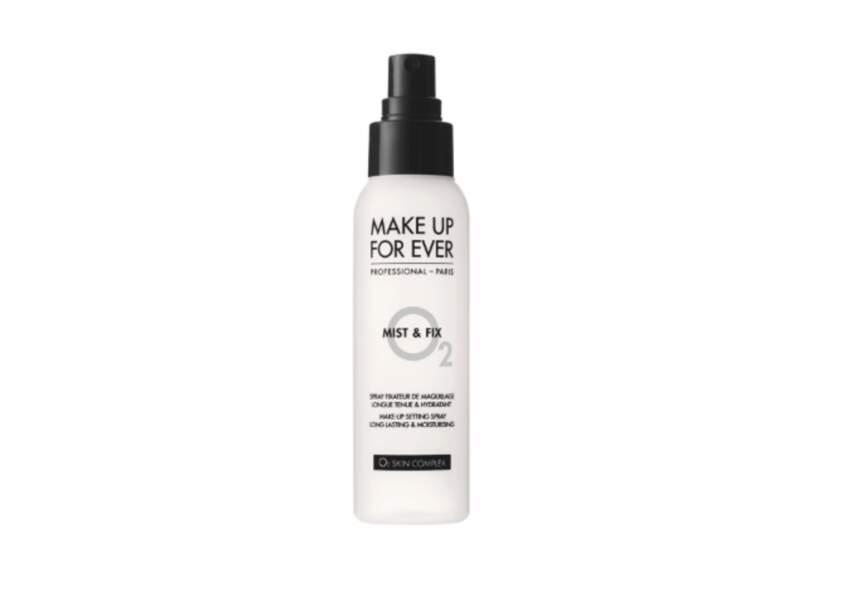 Make Up For Ever, Brume fixatrice de maquillage en spray Mist & Fix 125 ml, 9,90€