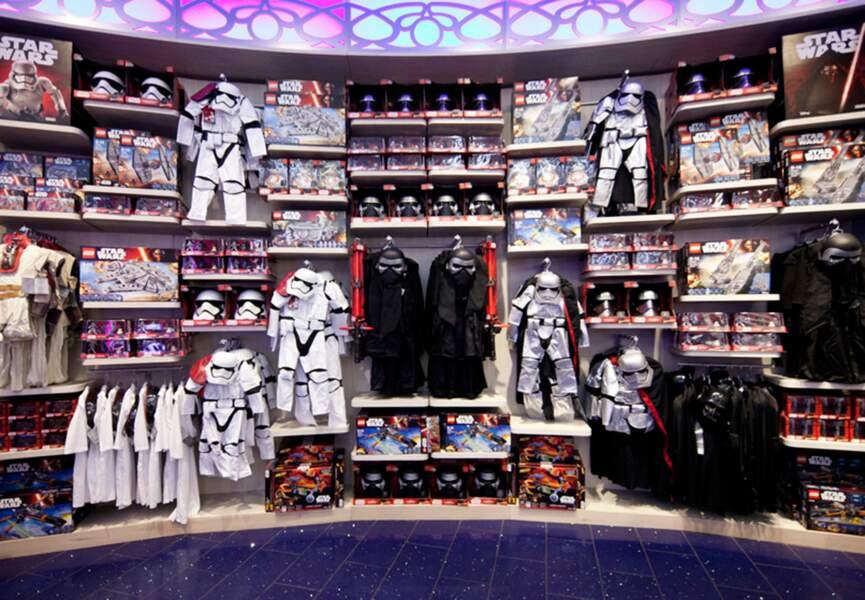 Un mur entier rien qu'avec des jouets Star Wars