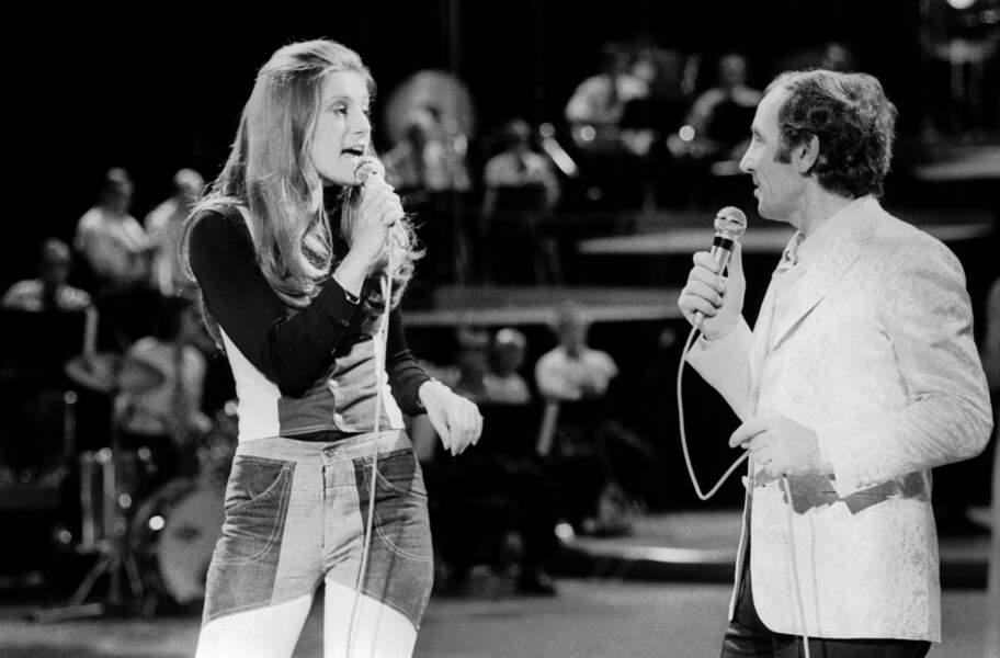SHEILA CHANTE AVEC CHARLES AZNAVOUR EN 1973