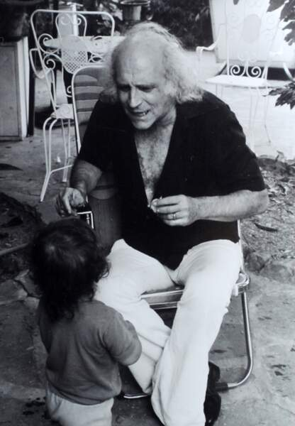 A San Donatino avec sa petite dernière, Manuela