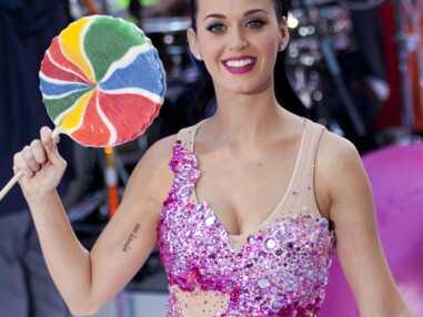 Gala.fr - Katy Perry et ses looks de scène hors du commun