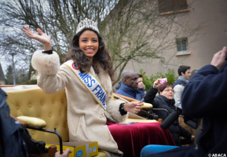 Flora Coquerel salue ses admirateurs