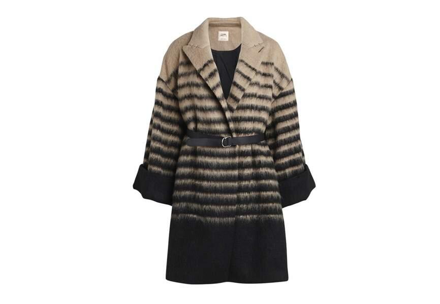 Le manteau bicolore à rayures éparses
