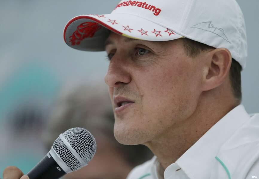 Finalement, Michael Schumacher annonce sa retraite définitive en 2012