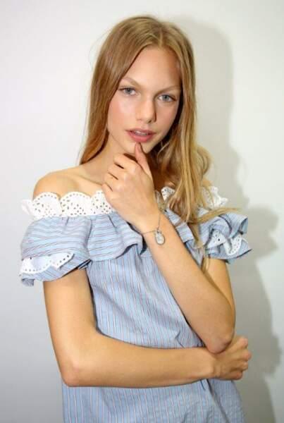 Annika Krijt, radieuse avec son teint bonne mine